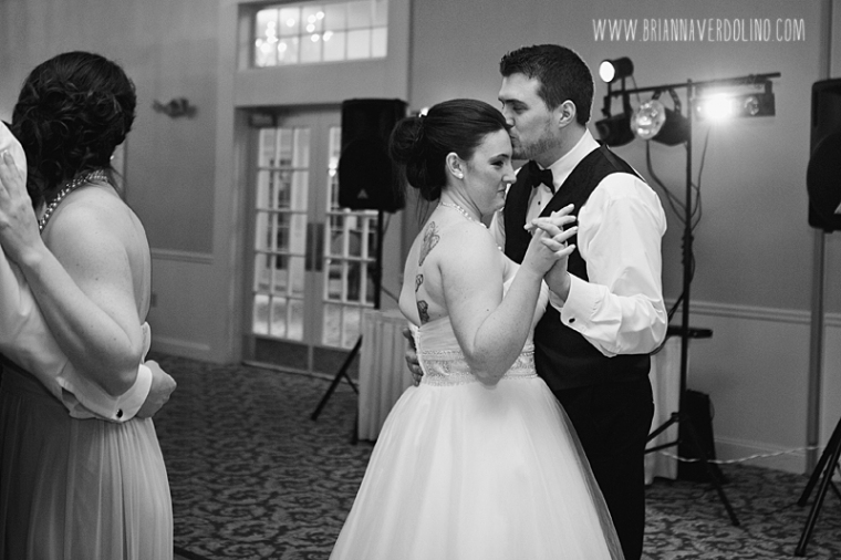 Sterling Massachusetts Wedding Photographer Chocksett Inn Pink Blush Gold Vintage Old Hollywood Wedding Dancing Reception Romantic Kiss